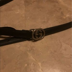 Gucci thin belt